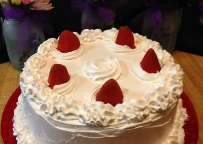 Strawberries Layer Cake