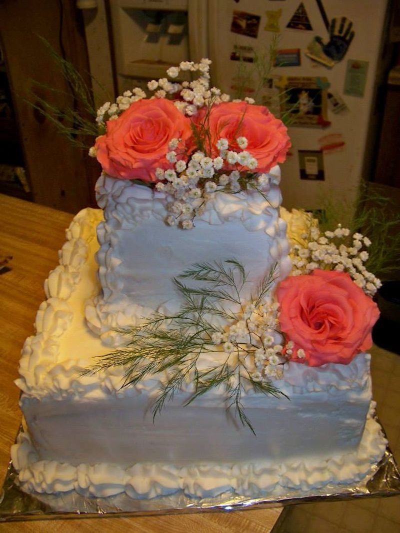 small wedding cakes with flowers wedding cakes quot cakes by lynette luray va cakes by lynette 20243